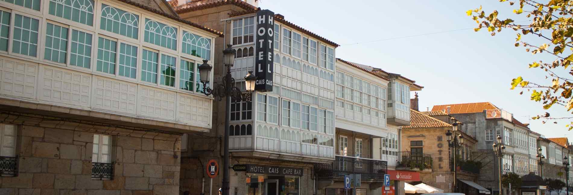 Fachada-hotel-cais2